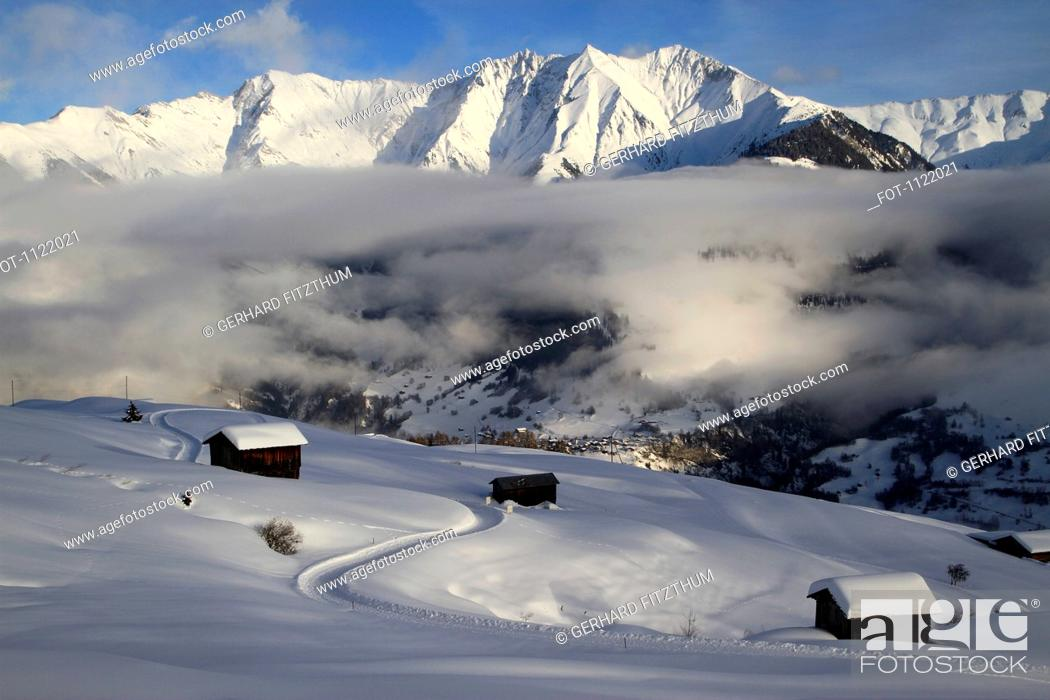 Stock Photo: Winter chalets on mountain.