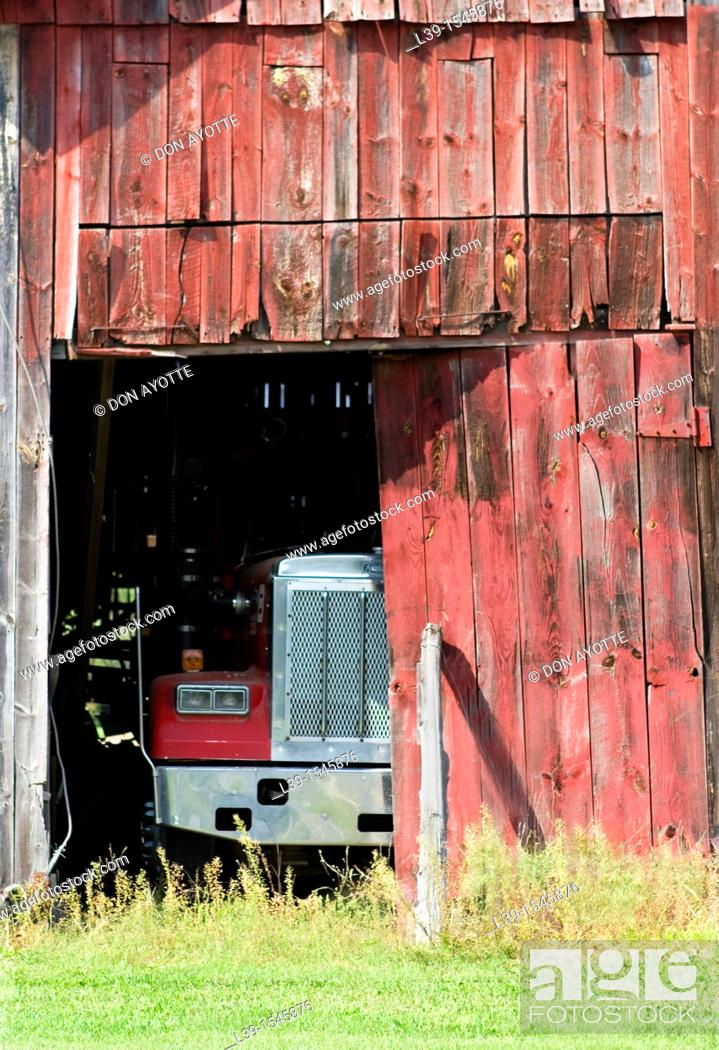 Stock Photo: Truck in a barn in Sunderland, Massachusetts, USA.