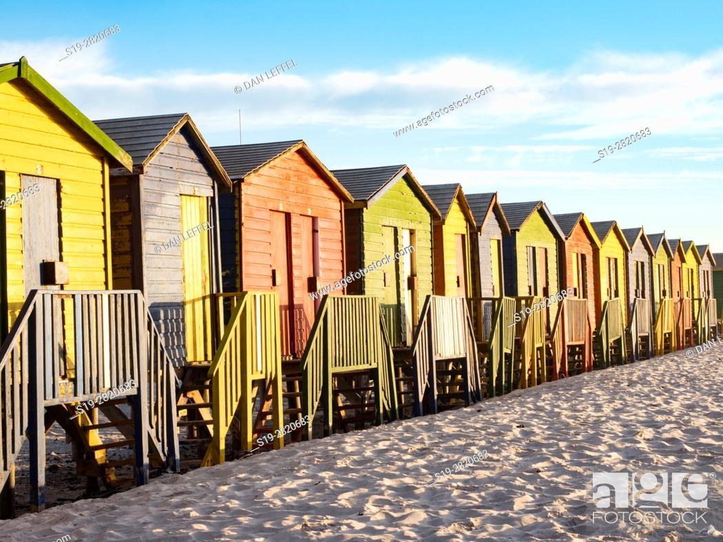 Imagen: South Africa Muizenberg Beach Huts.
