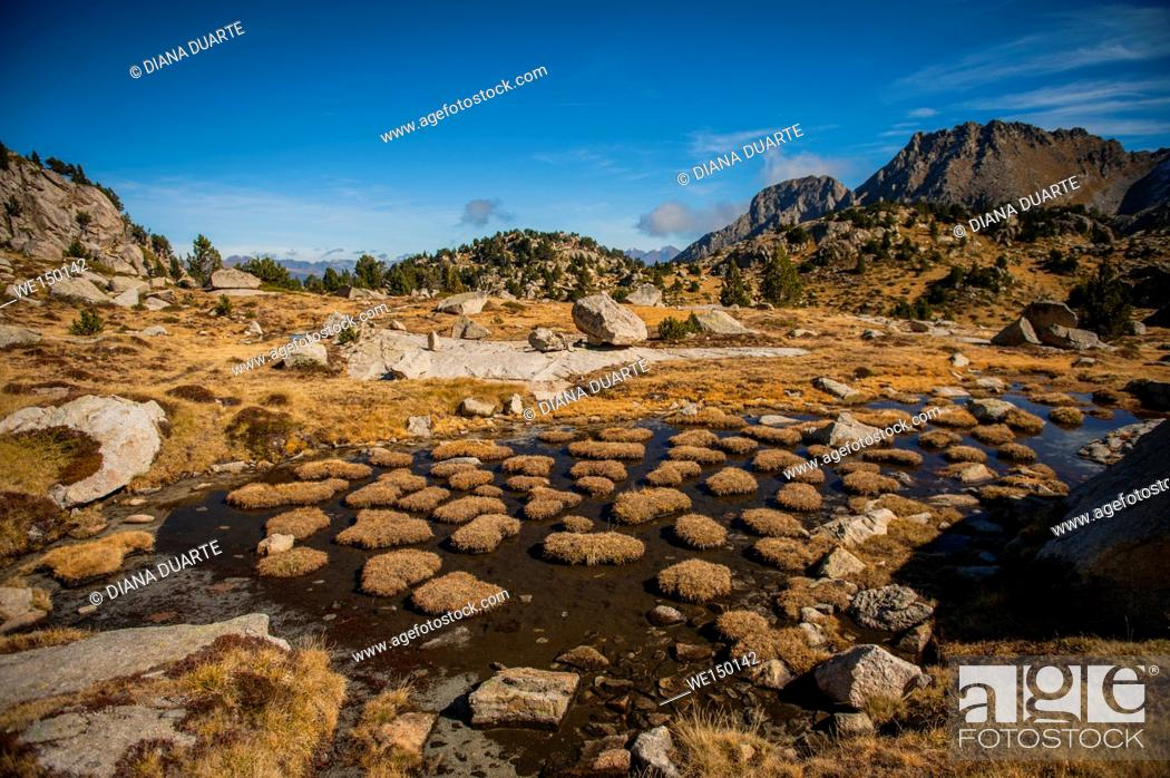 Stock Photo: Peaks of Peguera Valley, Aiguestortes National Park. Pyrenees Mountains. Lleida, Catalonia. Spain.