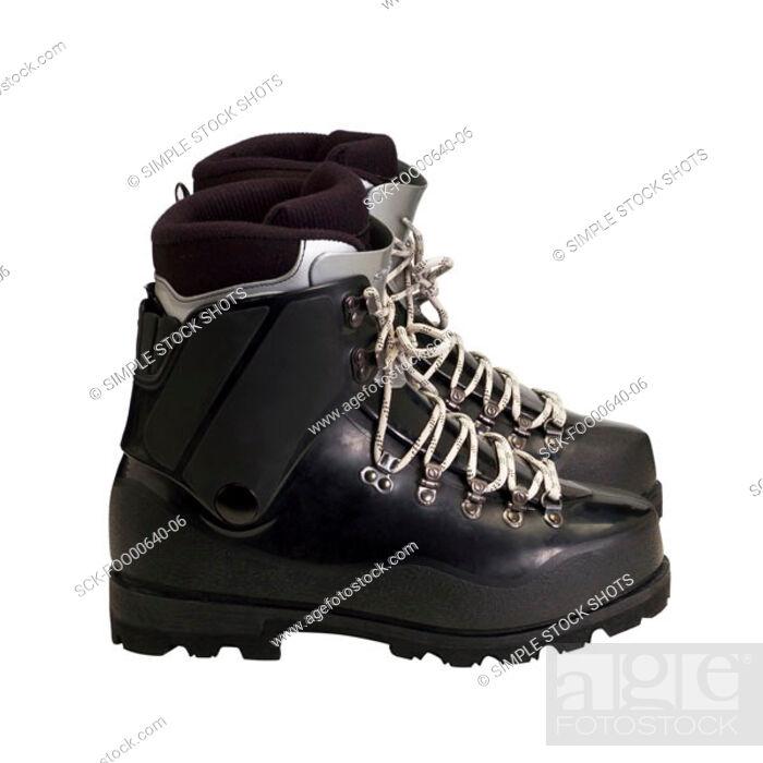 Imagen: climbing boots.