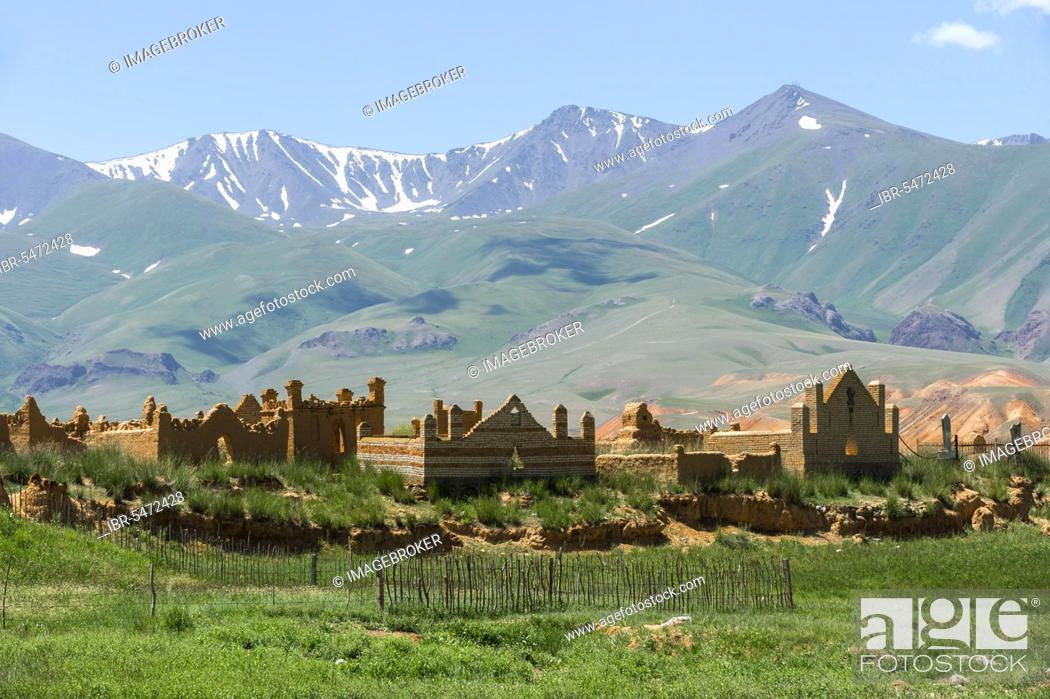 Stock Photo: Cemetery in Kochkor area, Song-Kol Lake road, Naryn province, Kyrgyzstan, Central Asia, Asia.