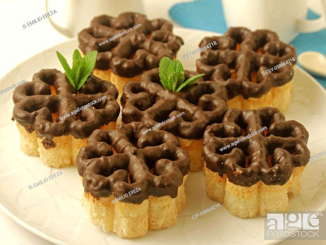 Stock Photo: Flores (flowers). Typical dessert from Spain.