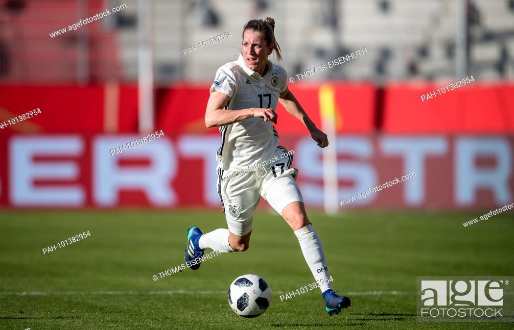 Verena Faisst Germany Am Ball Ges Fussball Frauen