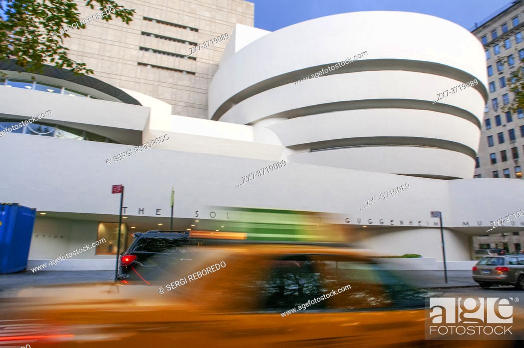Stock Photo: The Solomon R. Guggenheim Museum, Five avenue Manhattan, New York City, New York, USA.