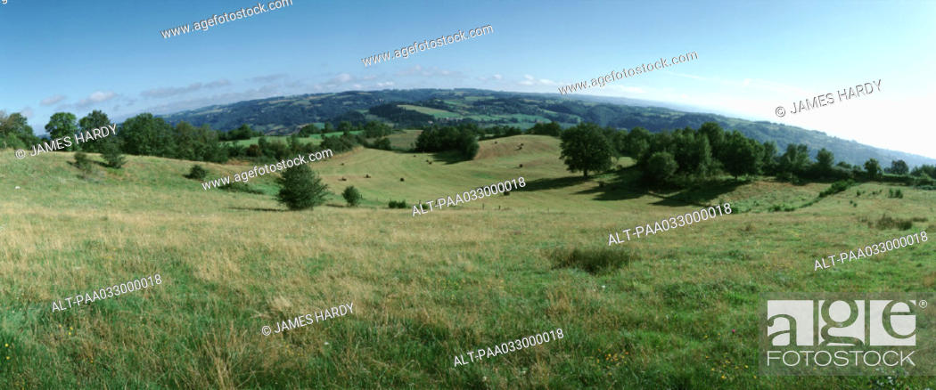 Stock Photo: France, grassy hills, panoramic view.
