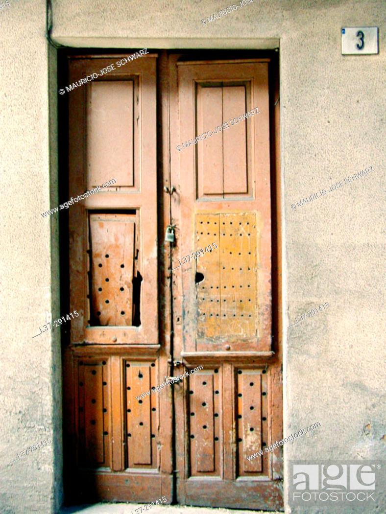 Stock Photo: Old wooden door.