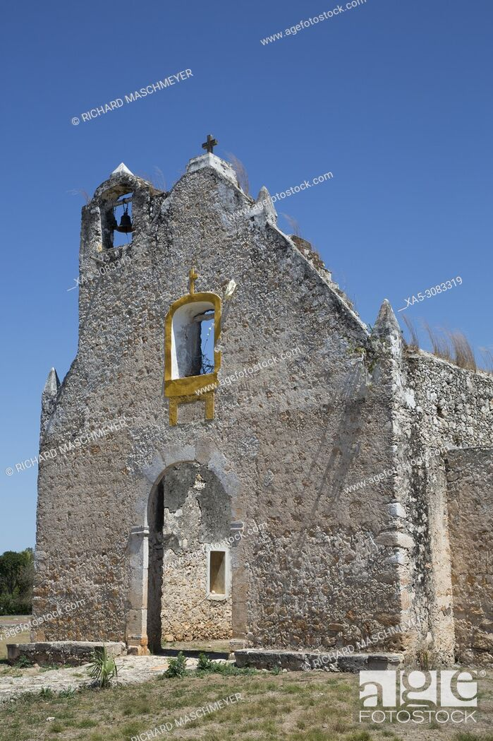 Imagen: Ruined Church of Pixila, Completed 1797, Cuauhtemoc, Yucatan, Mexico.