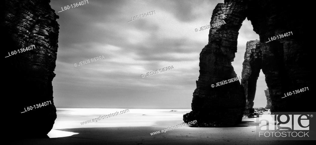 Stock Photo: Praia As Catedrais, Ribadeo, Lugo province, Galica, Spain.