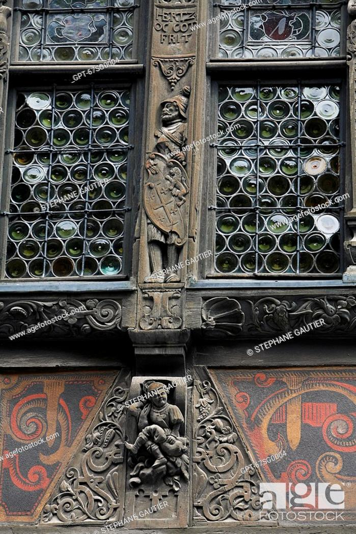 Stock Photo: DETAIL OF THE FACADE OF THE KAMMERZELL HOUSE, STRASBOURG, BAS RHIN 67, FRANCE, EUROPE.