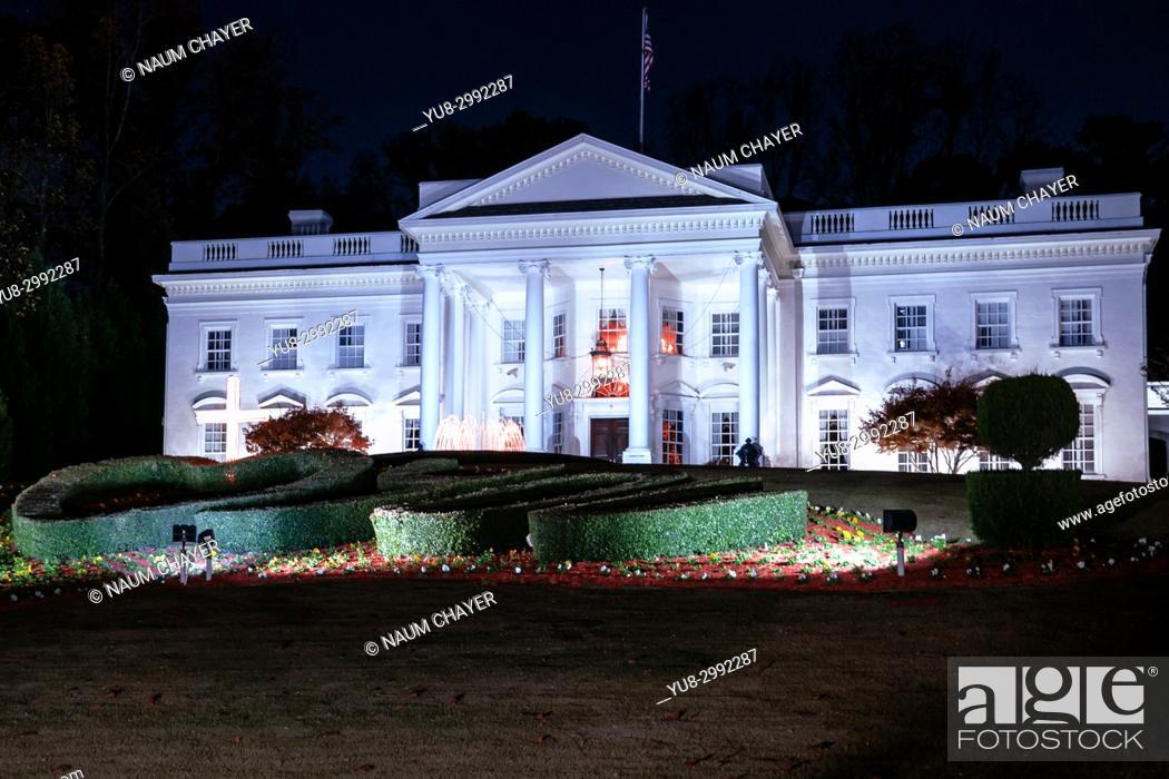 Stock Photo: A replica of the White House , Atlanta , capital of Georgia, USA.