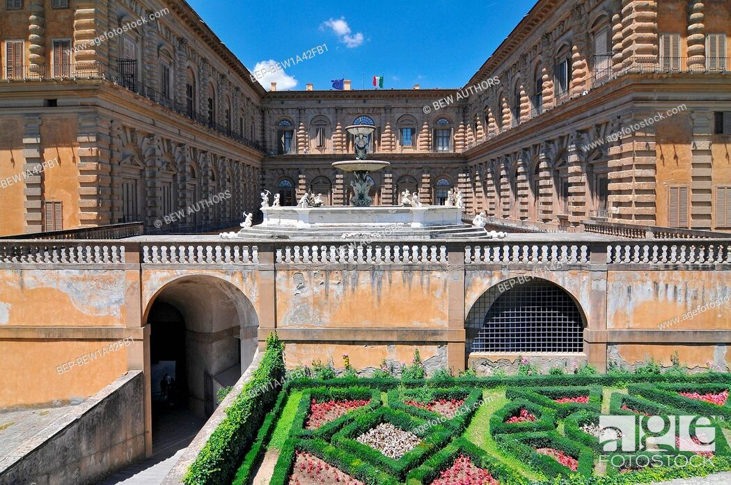 Imagen: Europe, Italy, Florence, Boboli garden, Palazzo Pitti.