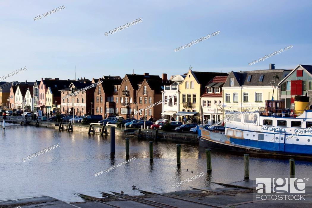 Stock Photo: Inner harbour of Husum, North Sea, district Nordfriesland, Schleswig-Holstein, Germany, Europe.