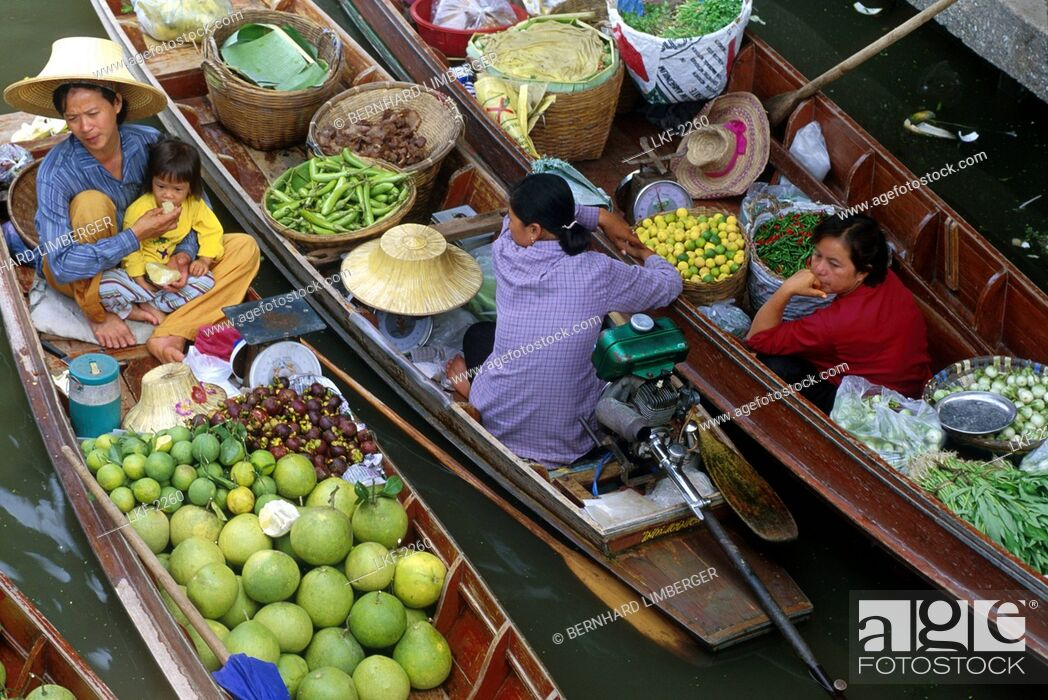 Stock Photo: People in boats, floating market, Bangkok, Thailand, Asia.