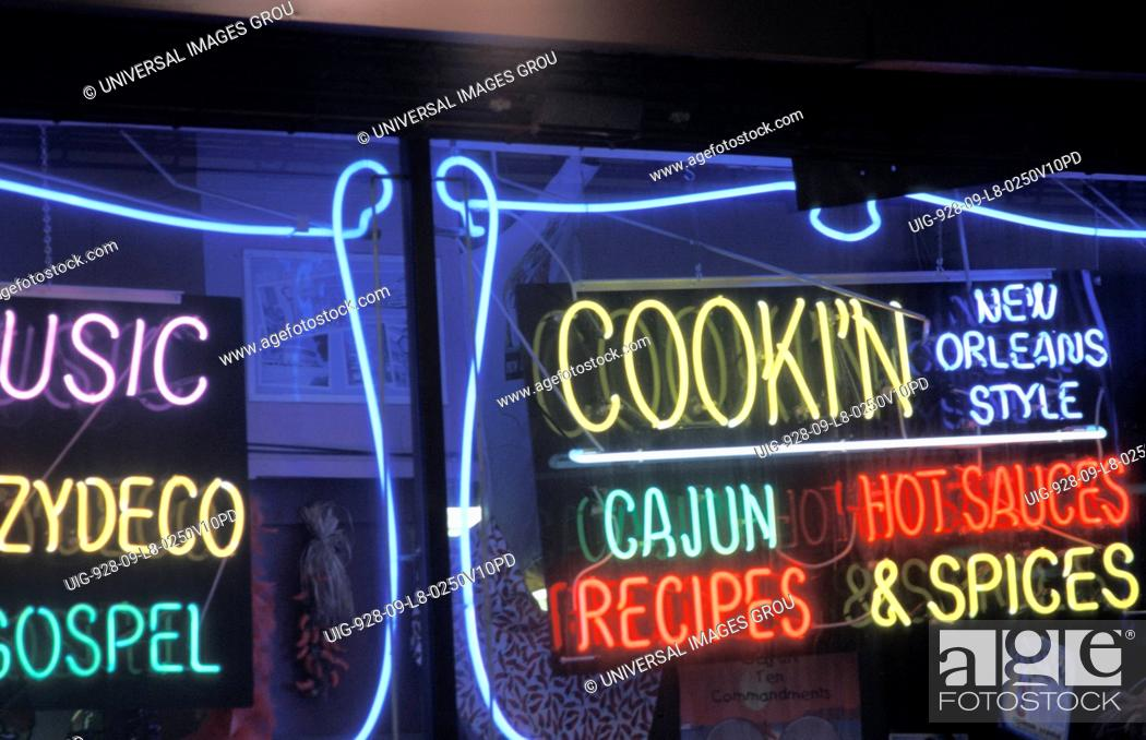 Imagen: Louisiana. New Orleans. Neon Sign - Types Of Music And Cooking.