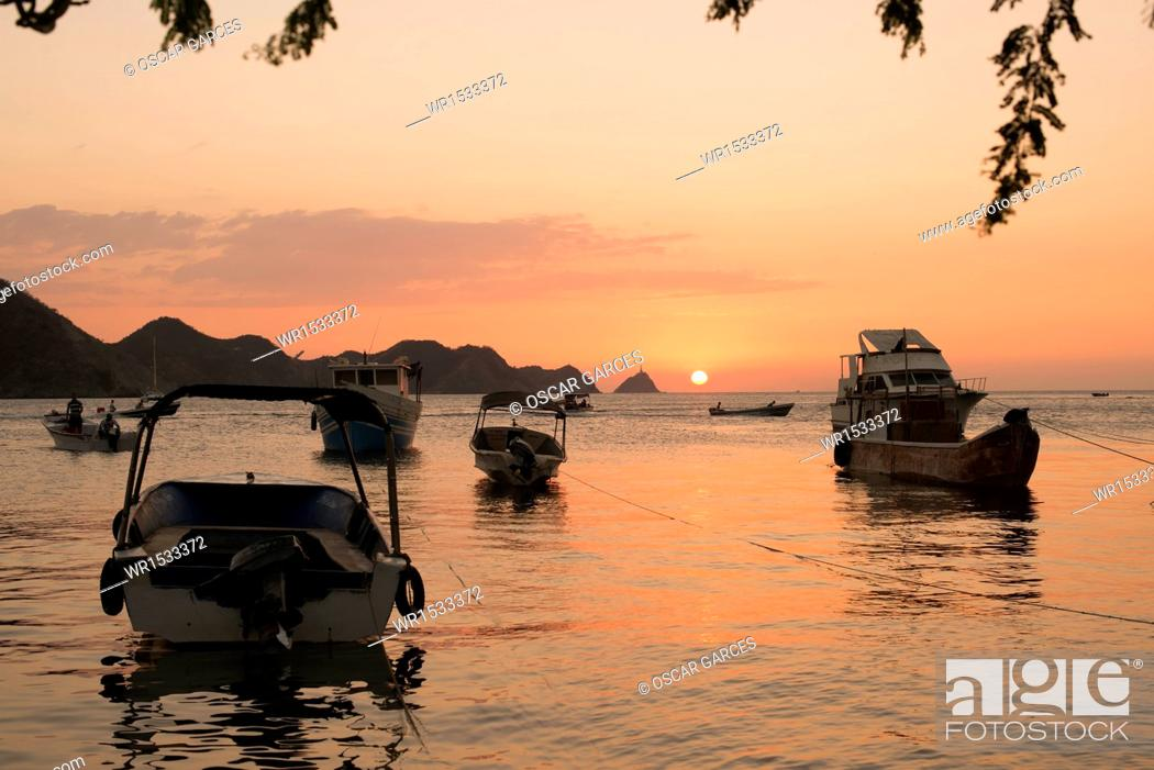 Imagen: Embarkation in Great Beach, Taganga, Santa Marta, Magdalena, Colombia.