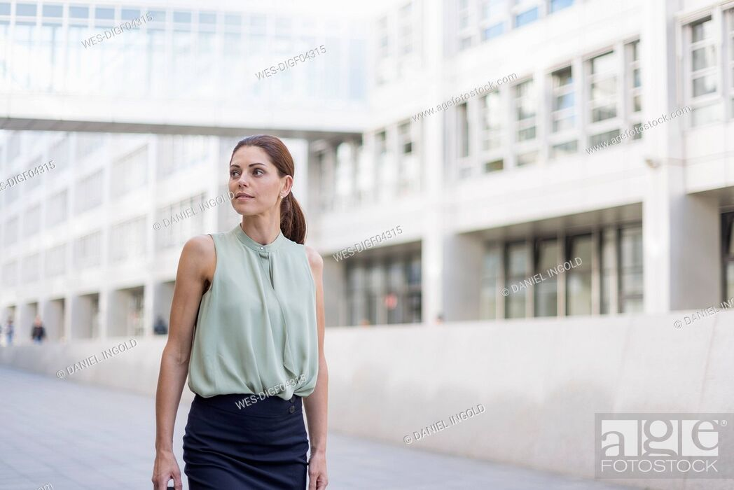 Stock Photo: Portrait of businesswoman.