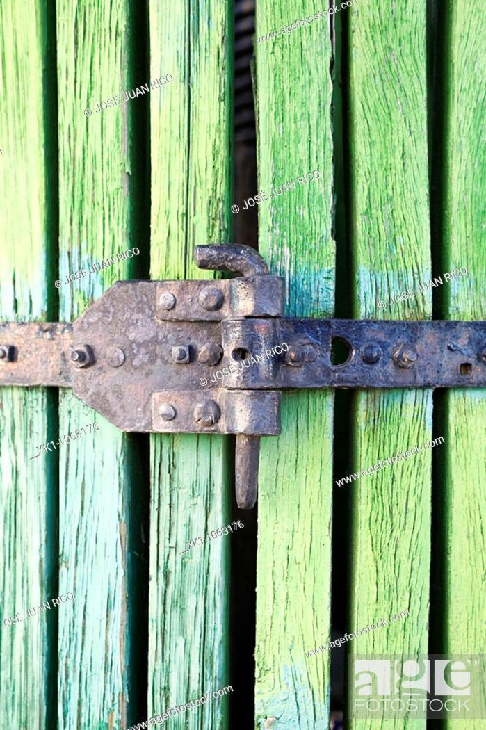 Stock Photo: Old grape press, Ciuda Real, Castilla-La Mancha, Spain.