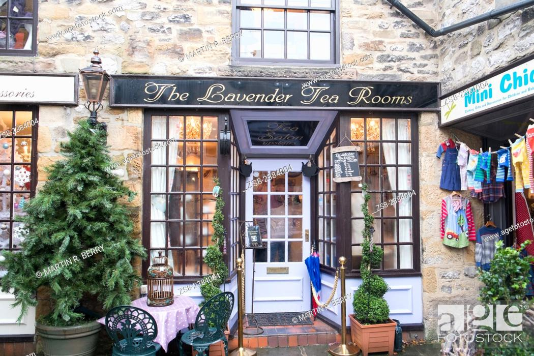 Stock Photo: Bakewell, a market town in Derbyshire peak district, england.