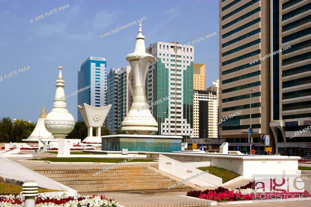 United Arab Emirates  Abu Dhabi City  Al Maktoum Street and