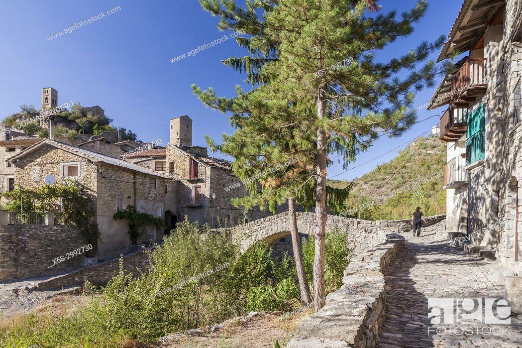 Stock Photo: Montañana village in Ribagorza, Huesca, Spain.