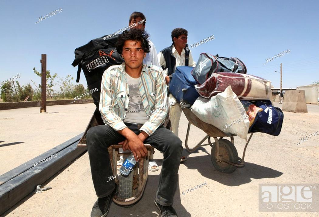 Stock Photo: Afghan border: Afghan refugees are deported from Iran.