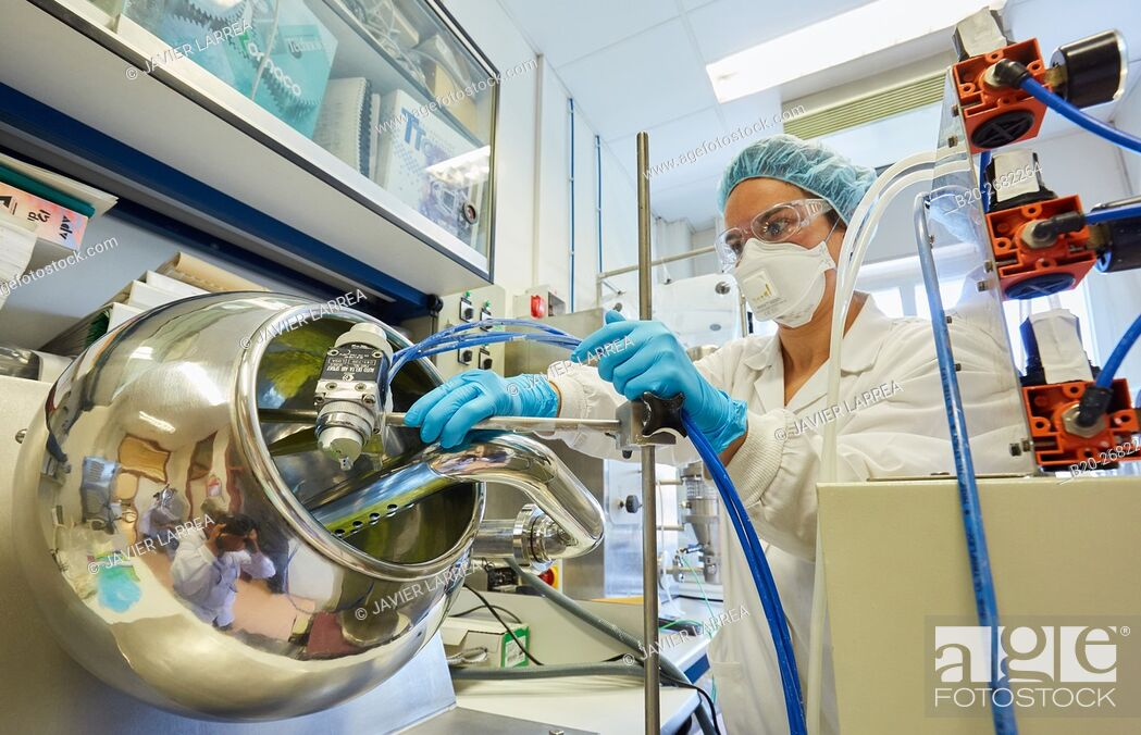 Stock Photo: Pharmaceutical Development Laboratory. Pre-formulation, design and development of drugs and new pharmaceuticals. Certified with Good Laboratory Practices (GPL).