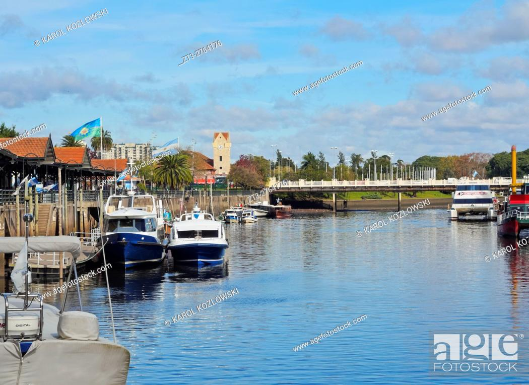 Stock Photo: Argentina, Buenos Aires Province, Tigre, View of the canal on River Tigre.