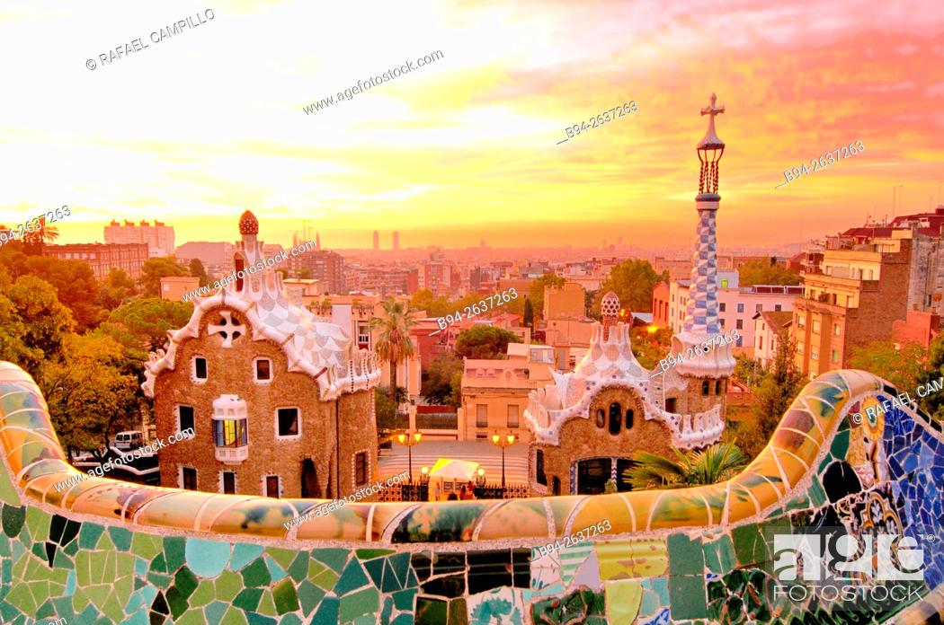Photo de stock: Parc Güell. Garden complex with architectural elements situated on the hill of el Carmel. Designed by the Catalan architect Antoni Gaudí and built in the years.
