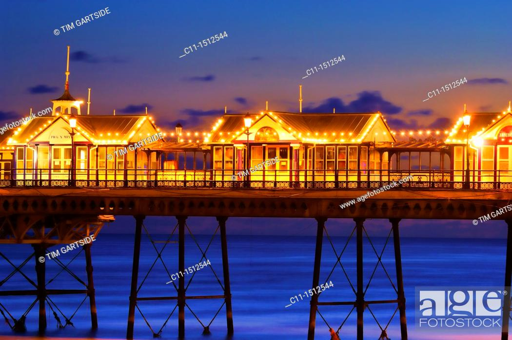 Imagen: eastbourne pier, sussex, england, uk, europe.