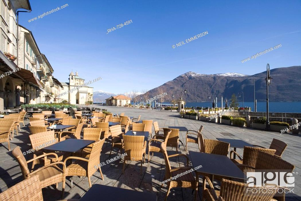 Stock Photo: Cafe at Cannobio, Lake Maggiore, Piedmont, Italian Lakes, Italy, Europe.