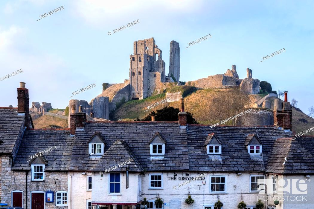 Stock Photo: Corfe Castle, Dorset, England, UK.