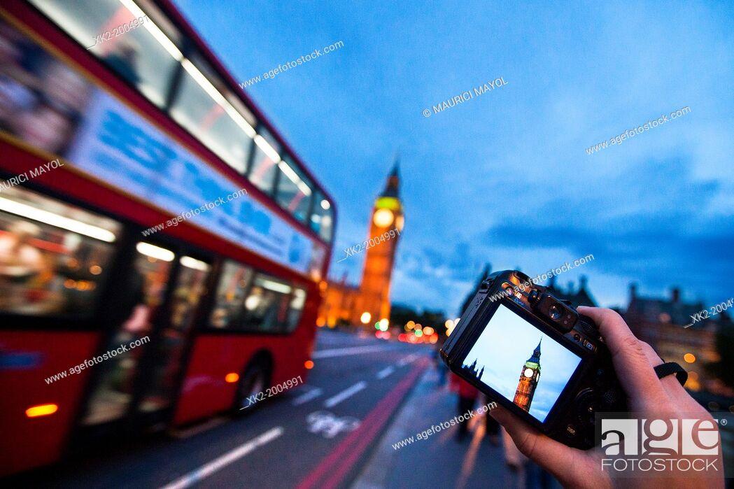 Stock Photo: Taking pictures of Big Ben, London, UK.