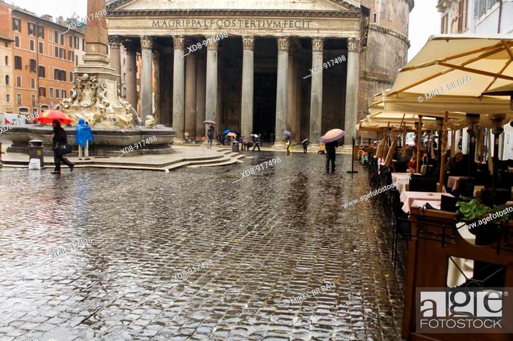 Stock Photo: The Pantheon, Rome, Italy.