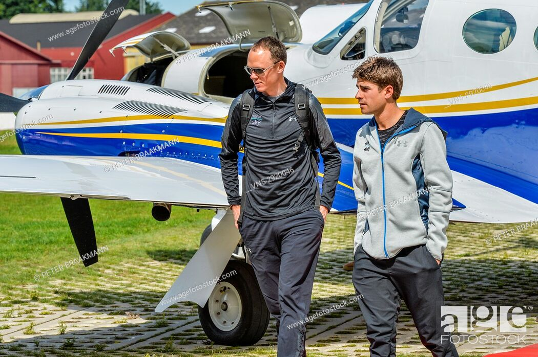 Stock Photo: Arrival Chris Froome with Mikel Landa at Airport Breda where they will later cycle the Profwieller Round of Etten Leur.