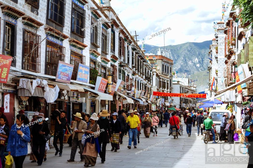 Stock Photo: Lhasa, Tibet, China - The view in Barkhor Street in the daytime.