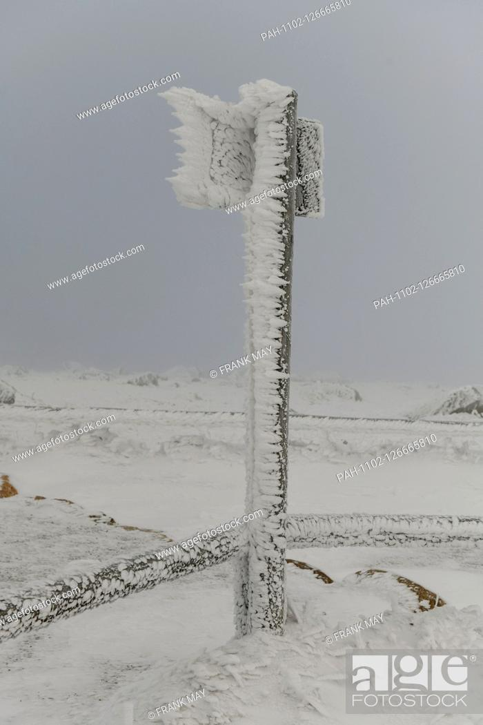 Stock Photo: Winter on the Brocken in the Harz mountains, Germany, near city of Schierke, 14. November 2019. Photo: Frank May   usage worldwide.