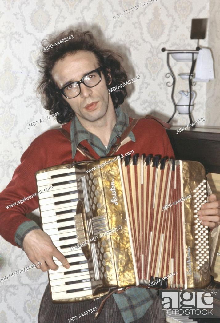 Roberto Benigni playing the accordion  Italian actor and director