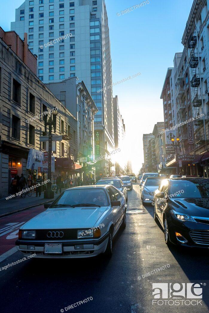 Imagen: San Francisco, CA, USA, Downtown Street Scene , Sunset light effect.