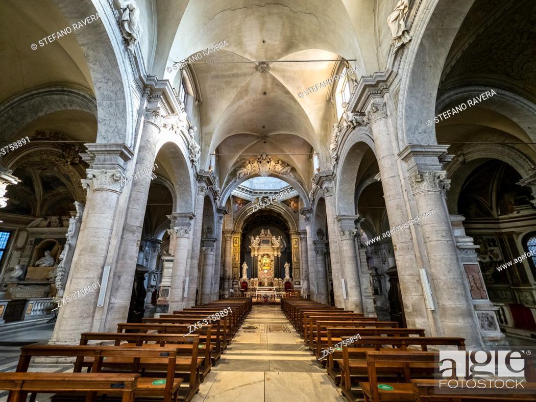 Stock Photo: Central Nave of Santa Maria del Popolo church - Rome, Italy.