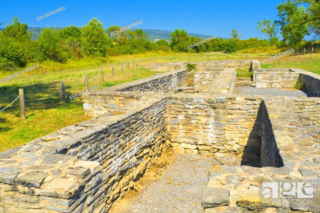 Imagen: Iruña-Veleia Roman Archaeological Site, Iruña de Oca, Álava, Basque Country, Spain, Europe.