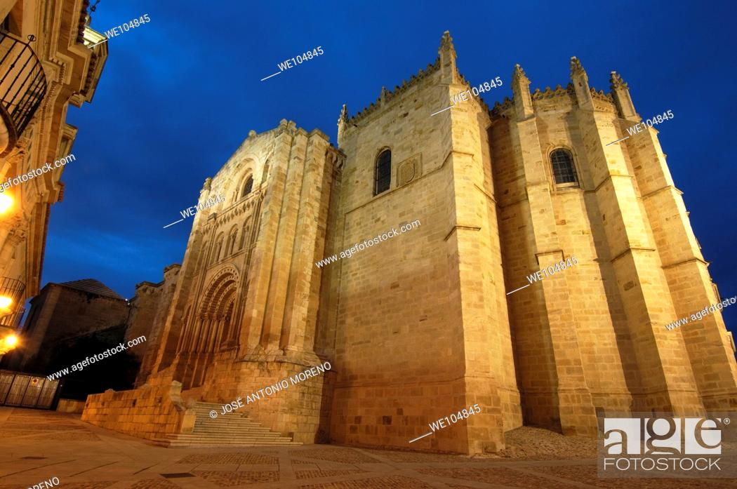 Stock Photo: Cathedral, Zamora, Castilla-Leon, Spain.