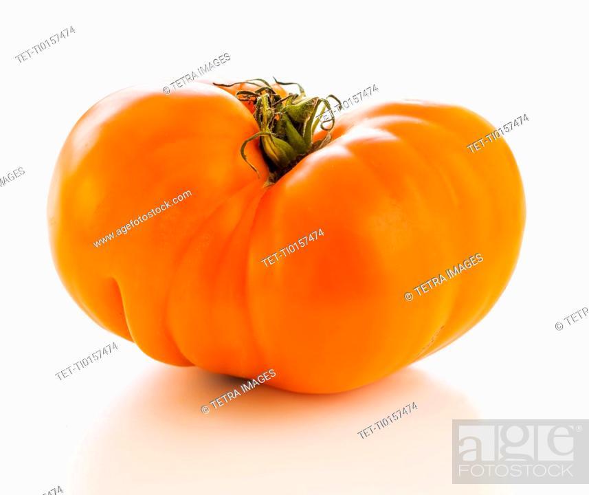 Photo de stock: Heirloom tomato.