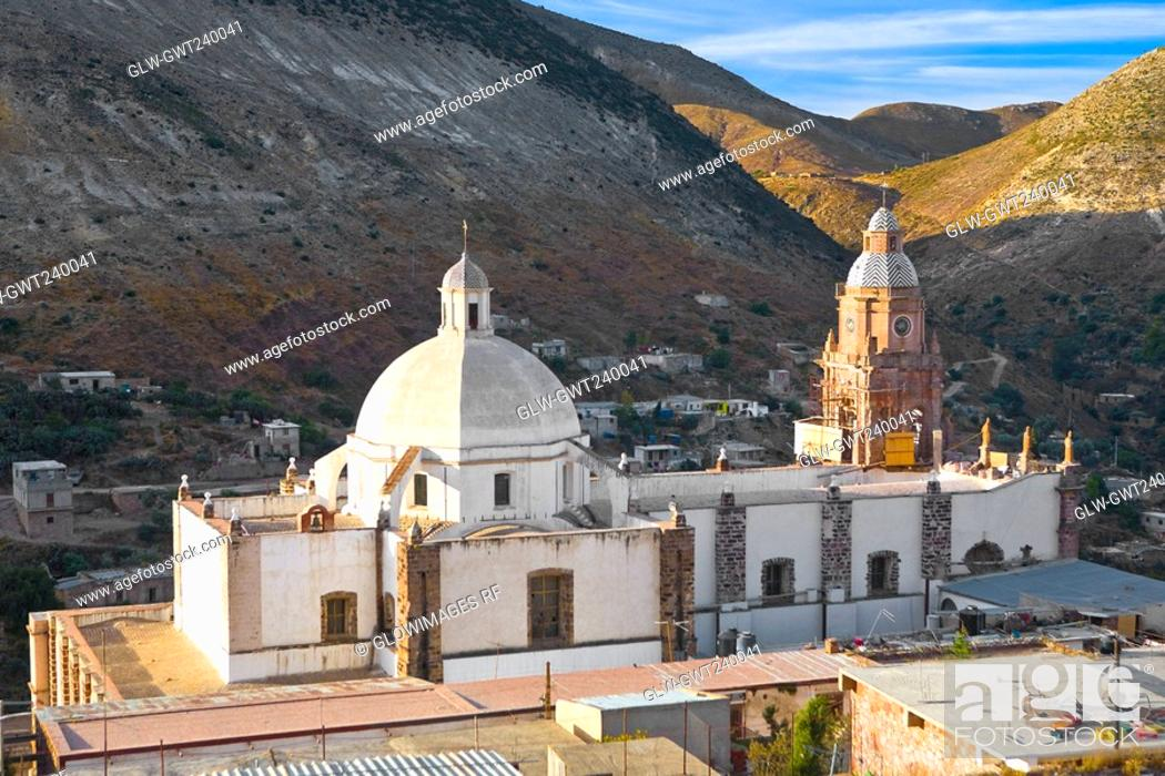Stock Photo: High angle view of a cathedral, Purisima Concepcion Temple, Real De Catorce, San Luis Potosi, Mexico.