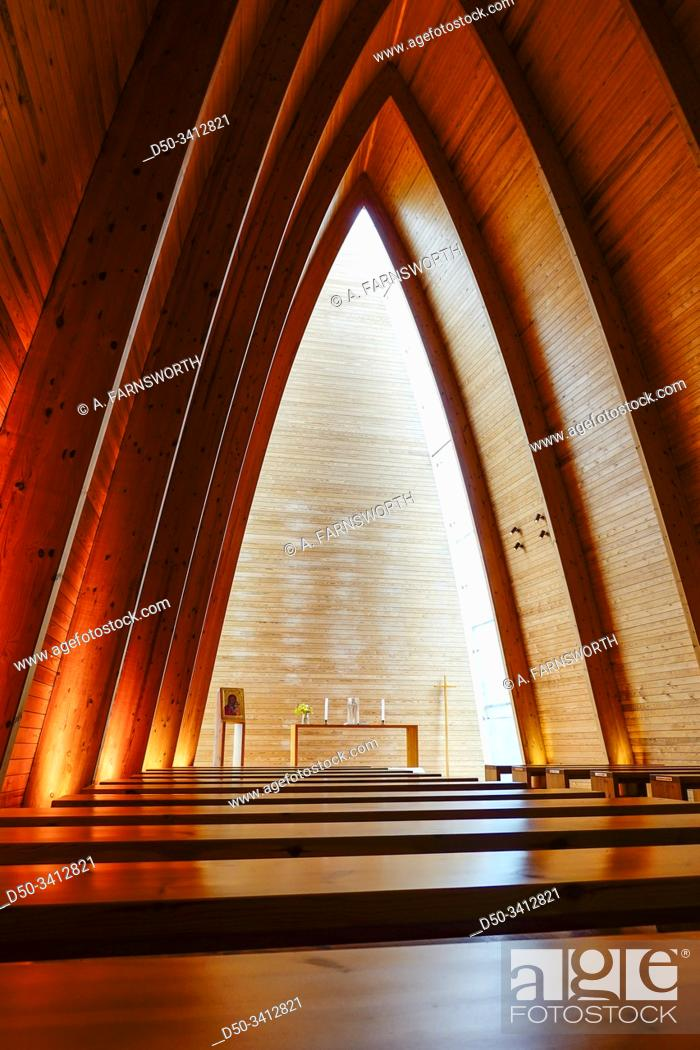 Imagen: Turku, Finland The St. Henry's Ecumenical Art Chapel was built in 2004 out of Finnish wood on the island of Hirvensalo.