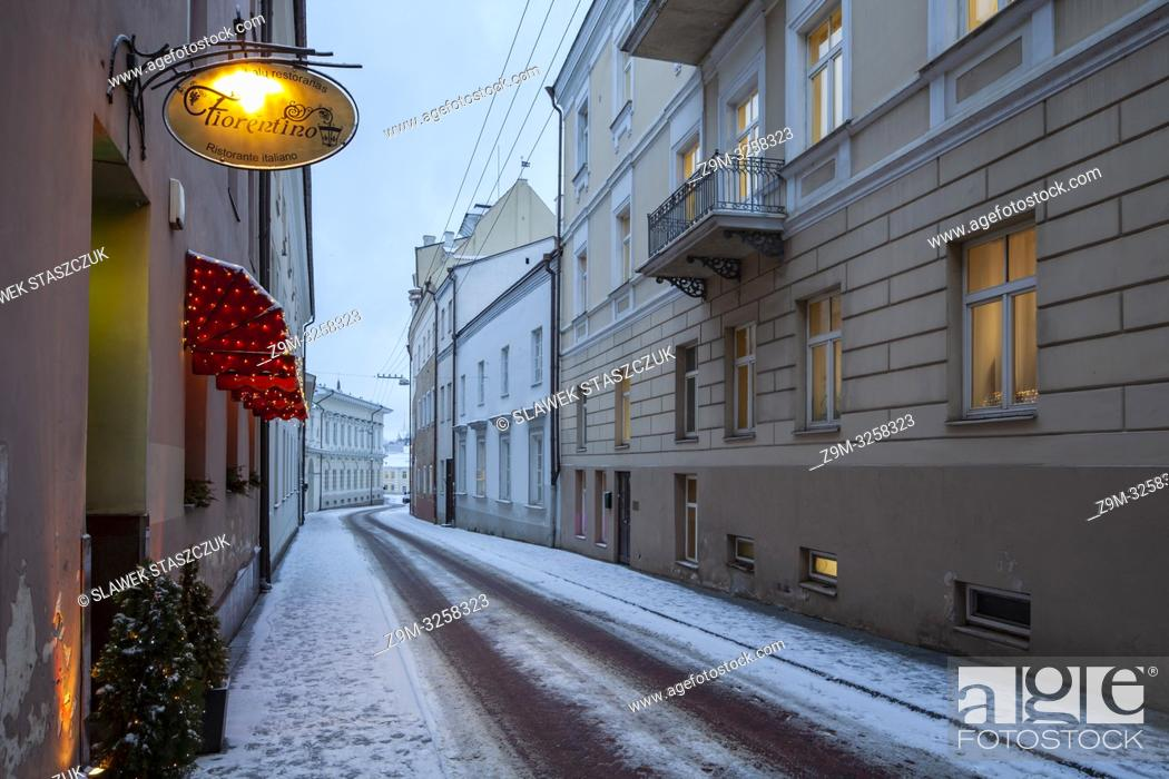 Stock Photo: Winter evening in Vilnius old town, Lithuania.