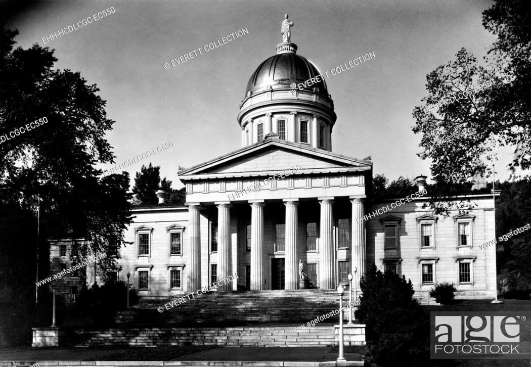 Stock Photo: Vermont State House, Montpelier, Vermont. 1940 photo.