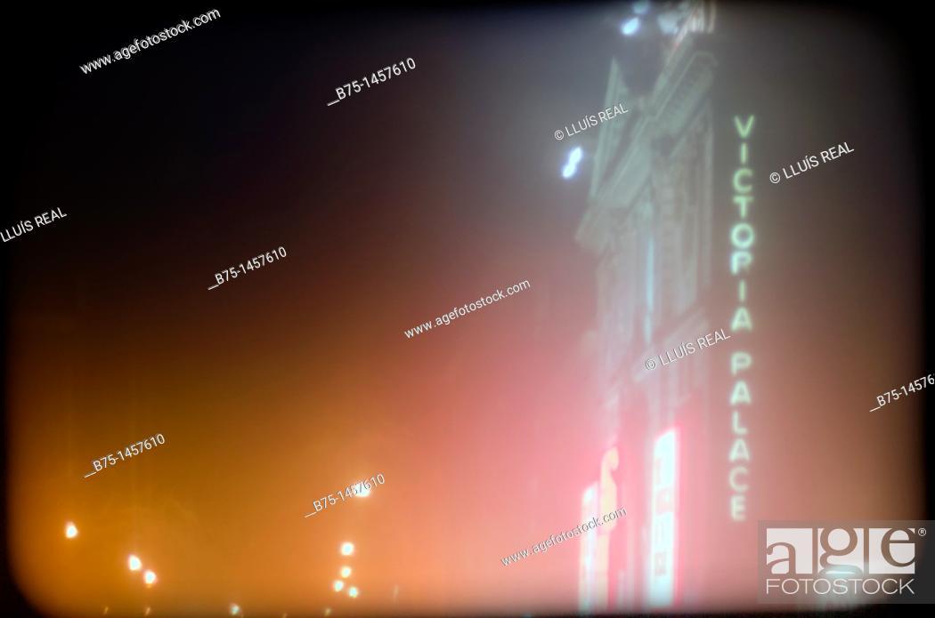 Stock Photo: Victoria Palace Theatre, Victoria Street, London, England, UK.