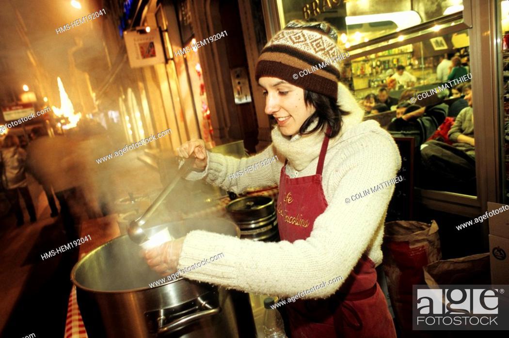 Stock Photo: France, Rhone, Lyon, Fete des Lumieres Light festival, Decembre 8th, mulled wine.