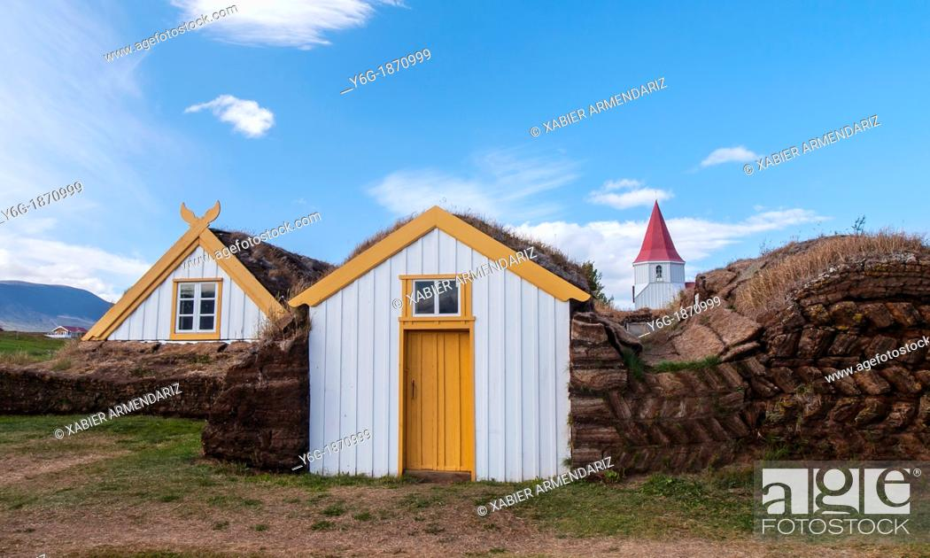 Stock Photo: Traditional houses in Glaumbær, roofs and walls built of peat in the eighteenth century  Iceland, Scandinavia, Europe.